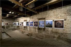 exhibition的图片释义。 如果您认为该图片不合适,可以上传新图片来帮助我们改进