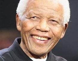 Nelson Mandela的图片释义。 如果您认为该图片不合适,可以上传新图片来帮助我们改进