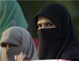 musulman的图片释义。 如果您认为该图片不合适,可以上传新图片来帮助我们改进