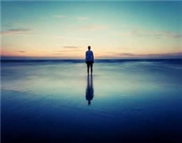 solitude的图片释义。 如果您认为该图片不合适,可以上传新图片来帮助我们改进